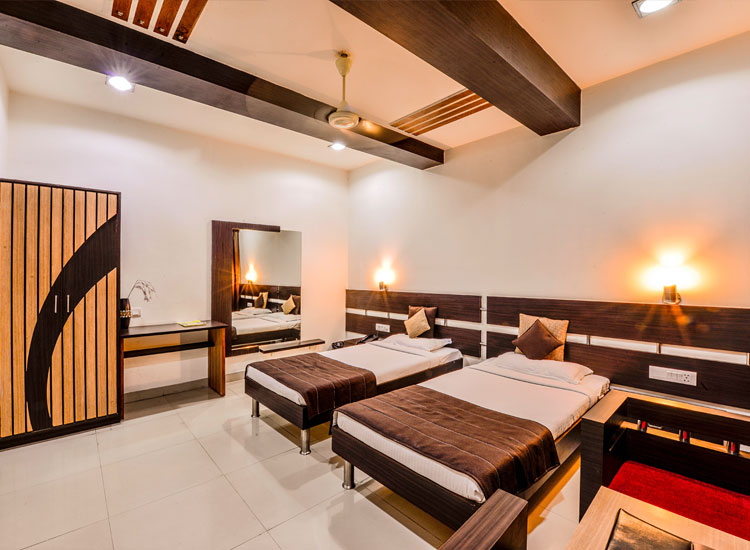 best rooms at 3 star hotel in udaipur
